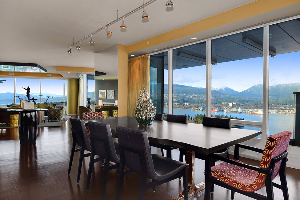 Golden Details And Panoramic View Luxury Penthouse in Vancouver With Stunning Panoramic Views Worth $21,000,000